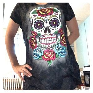 Size XL juniors (15-17) Day of the Dead Skull top